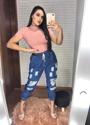 Calça boyfriend jogguer rasgadinha estilosa jeans