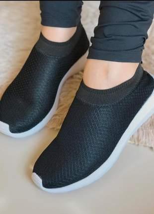Tenis feminino slip on calce facil conforto total