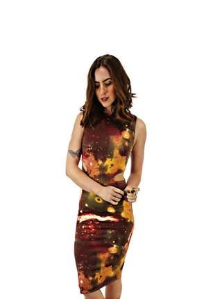 Vestido feminino tubinho midi estampa de galaxia charmosa