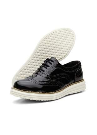 Sapato casual oxford confortavel em couro verniz 300 preto