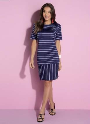 Vestido listrado azul clássico com recorte