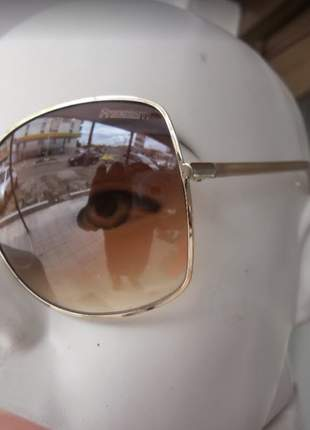 Óculos de sol freedom última peça modelo lm8028