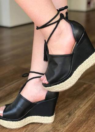 Sandália anabela  preta