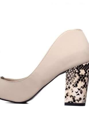 Sapato scarpin  nobuck bege