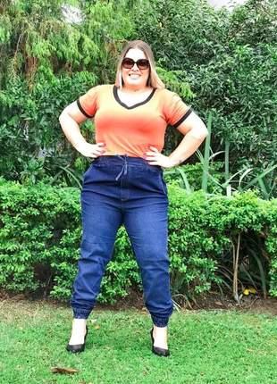 Calça plus size jogger jeans laço cintura alta