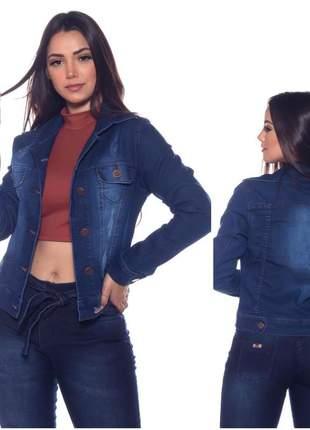 Jaqueta jeans feminina com lycra azul escura com botões e bolso frontal