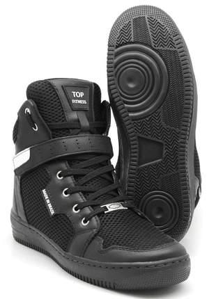Tenis botinha de treino top fitness cano alto em couro preto
