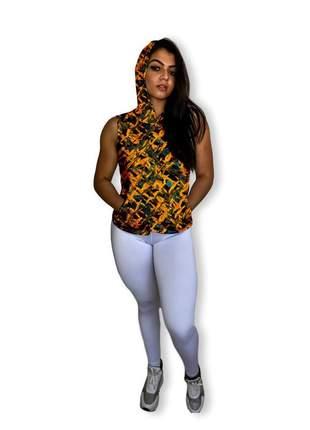 Regata para academia feminina fitness estampada com capuz e bolso canguru