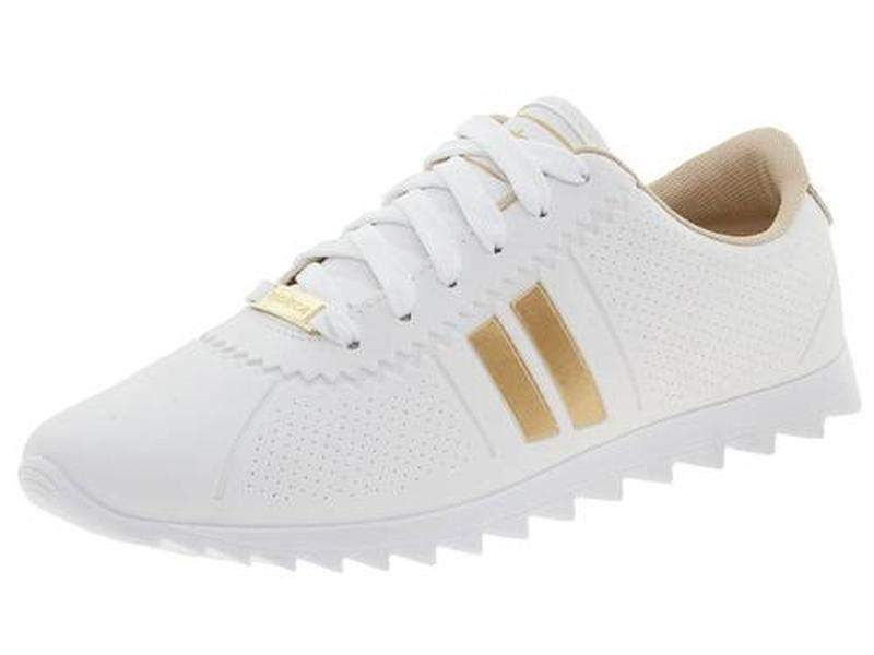 ffb45d5733 Tenis feminino casual moleca moving tratorado branco dourado. - R ...