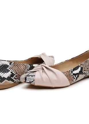 Sapato sapatilha couro de cobra sintético bico fino