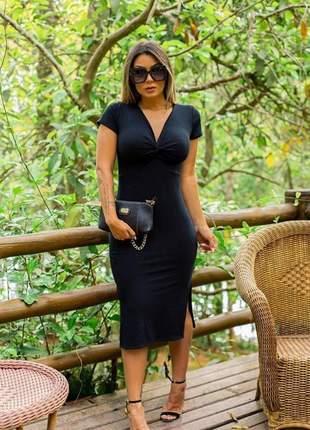 Vestido midi causal preto fenda na perna confortável justo modela o corpo