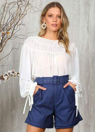 Shorts jeans cintura alta bengaline jeans escuro cinto encapado forrado