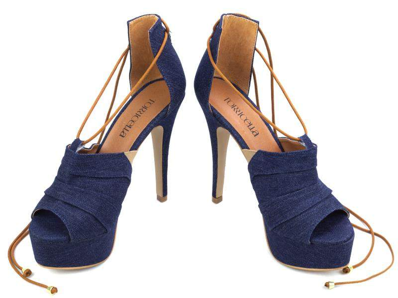 0fa9ba402 ... Sandália feminina salto alto fino meia pata festas azul jeans4 ...