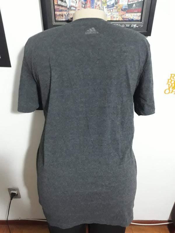 Camiseta adidas plus size