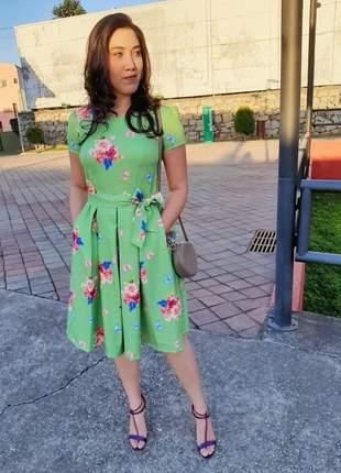 Vestido midi godê linha collection chicca maria