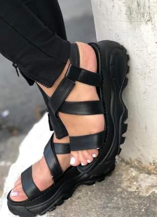 Sandália papete flatform em couro
