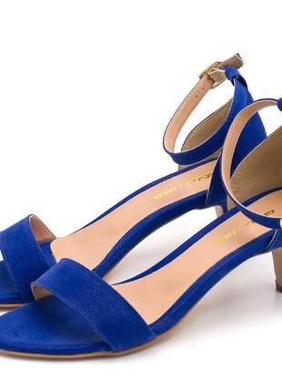 Sandália social feminina tira salto baixo fino azul bic fivela