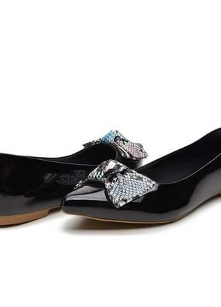 Sapatilha sapato feminina bergally preto com laço escamada promoção 2020