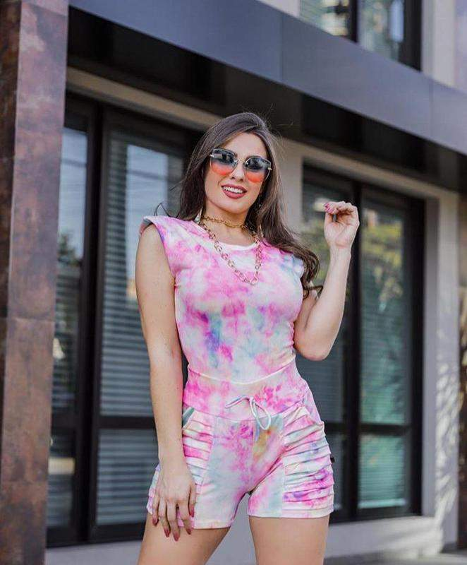 Look Dreams / Conjunto tie dye rosa muscle tee