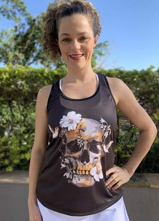 Blusa regata fitness feminina academia dry fit estampada hibiscus skull