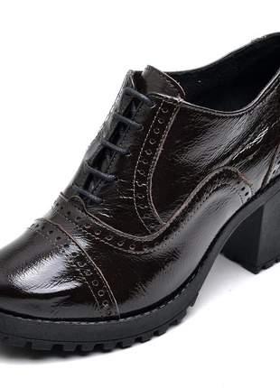 Bota feminina ankle boot couro comfort verniz café