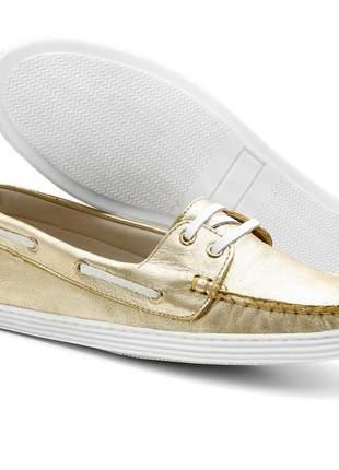 Sapato mocassim feminino docksider em couro letícia alves ouro