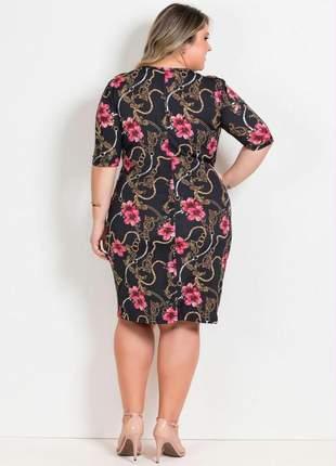 Vestido floral com mangas 3/4 plus size