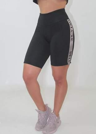 Bermuda fitness feminina deluxe preta luxo