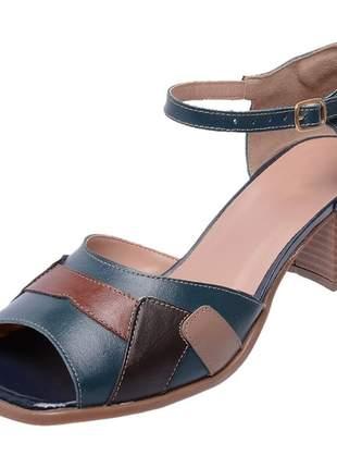Sandália pierrô bico quadrado salto baixo couro legítimo cor azul marinho