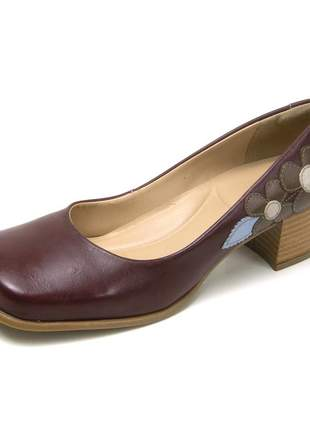 Sapato bico quadrado pierrô salto baixo couro legítimo cor chilli