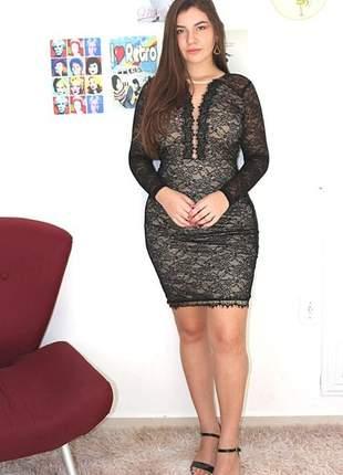 Vestido preto de renda festa convidadas manga longa moda feminina evangélica elegante