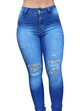 Calça jeans feminina com lycra destroyed clara delave
