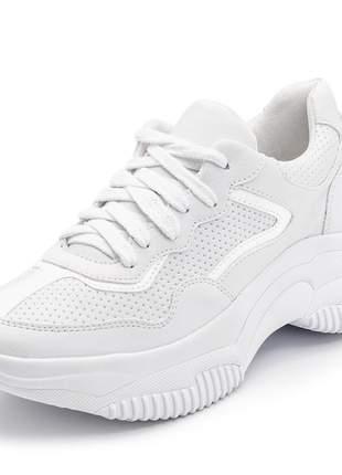 Tênis feminino sneakers chunkys branco detalhe verniz branco