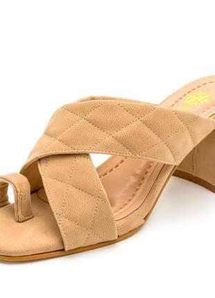 Sandália tamanco bico quadrado nude tiras cruzada salto grosso