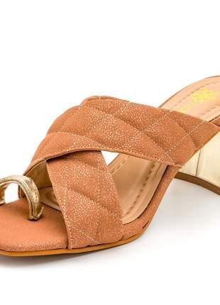 Sandália tamanco bico quadrado nude cintilante salto grosso dourado