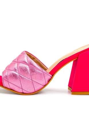 Sandalia tamanco bico quadrado rosa cintilante salto grosso rosa