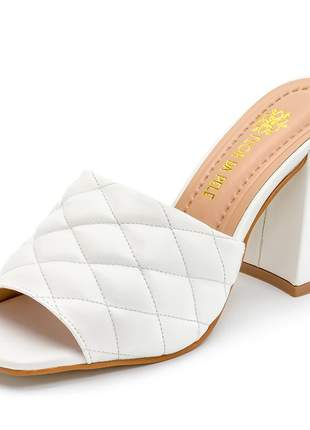 Sandália tamanco bico quadrado branco salto grosso