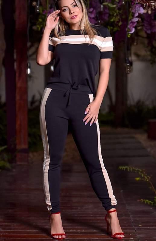 B. Encanto da Rô / Conjunto de calça e blusa manga curta