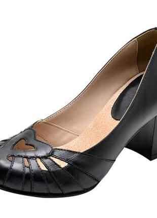 Sapato boneca pierrô salto alto couro legítimo cor preto