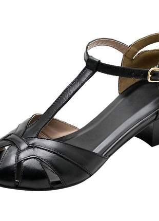 Sandália peep toe pierrô salto baixo couro legítimo cor preto