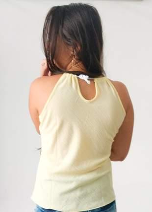 Blusa de crepe com alça em cordão