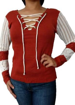 Blusa feminina tricot trico decote com ilhós