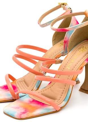 Sandália bico quadrado tiras finas salto fino taça tie dye laranja