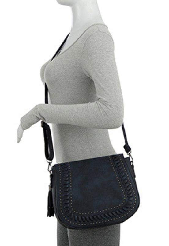 1dbb18593 Bolsa feminina mevisto transversal costura trançada taxas e franja azul1 ...