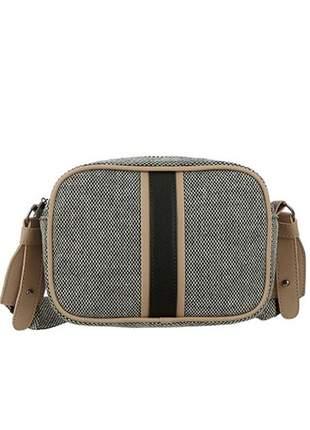 Bolsa transversal com textura de palha mevisto preto