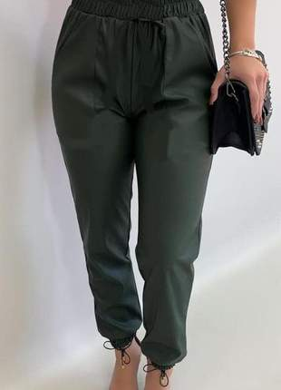 Calca jogger feminina bomber bengaline skinny  lisa modela o corpo modinha calça jogging