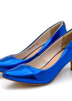 Sapato scarpin salto baixo fino azul metalizado