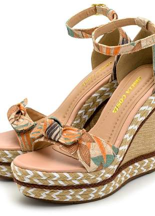 Sandália anabela floral bege salto em juta bege detalhe corda
