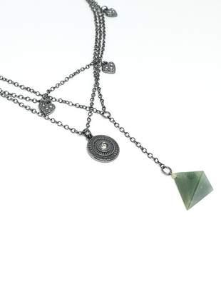 Mix de colares com pingente de pedra natural de quartzo verde