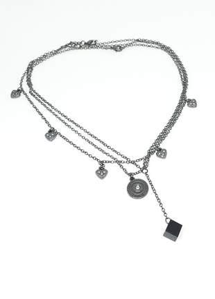 Mix de colares delicados com pingente de ágata negra